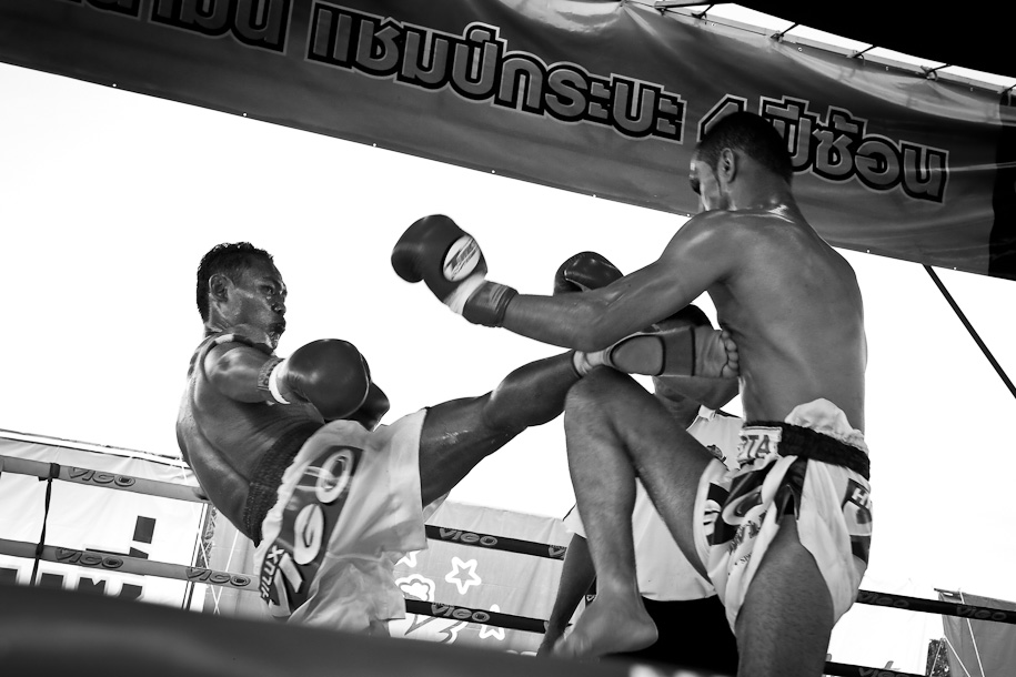 Muay Thai Saenchai's winning strikes