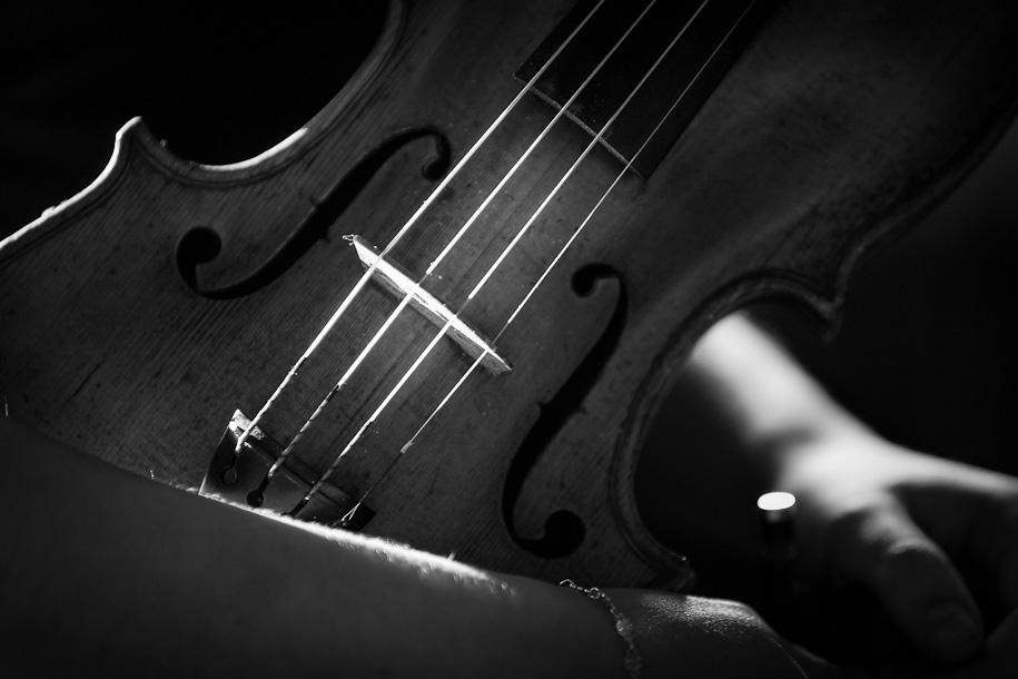 Light on violin at György Pauk masterclass